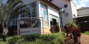 Biblioteca Municipal de Holambra reúne 14 mil exemplares