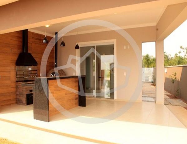 Casa térrea pronta para morar no Flor D'Aldeia