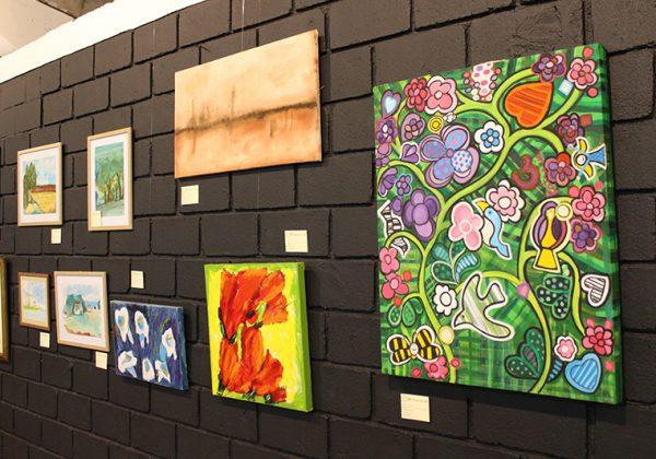 Mostra de Arte reúne dezenas de obras em Holambra