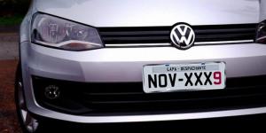 Veículos com placa final 9 devem ser licenciados em novembro