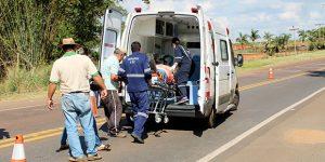 Motociclista fica ferido ao sofrer queda em rodovia de Holambra