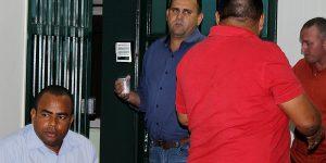 Diretor de Ambulâncias de Holambra discute com vereador em tribuna e sessão é interrompida
